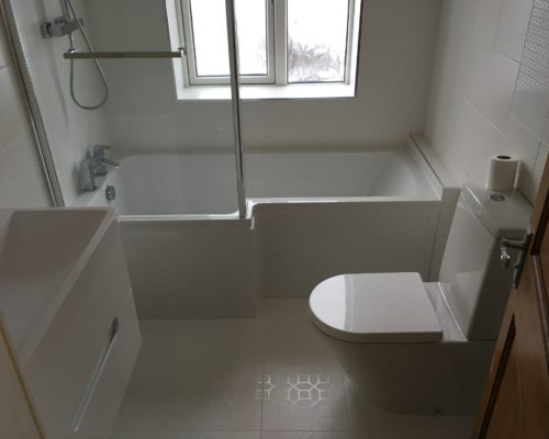 image of white bathroom for Inspire Joinery and Renovations