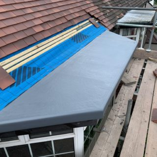 image of flat roof over a bay for flat roof repair & fibreglass roofing